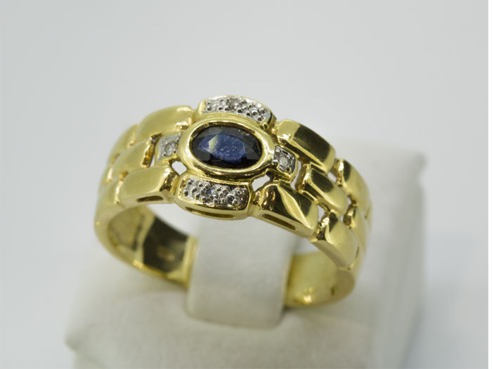 Ring - Gold - 0.1 ct - Sapphire