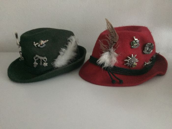 9c54d2d32e8 Ladies and gents hunting hats with pins - 2 - Felt - Catawiki