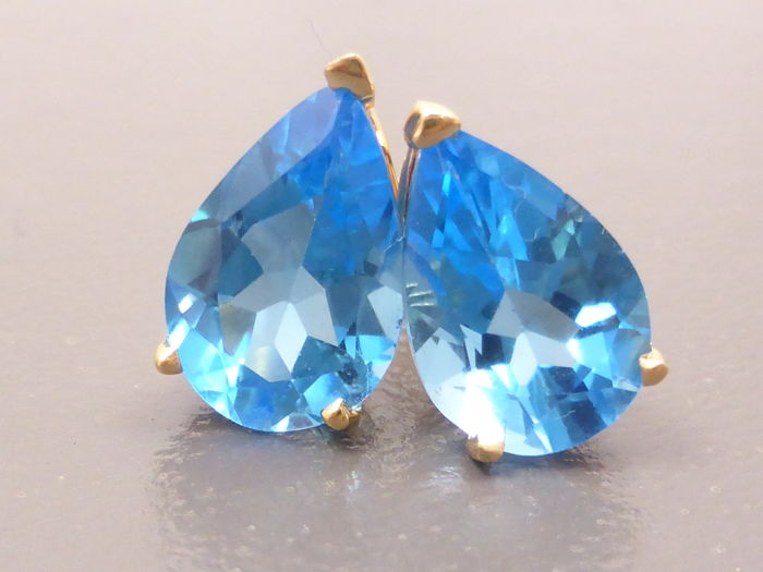Earrings - Gold - 7.4 ct - Topaz