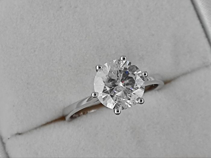 Ring - White gold - Commonly treated - 2.01 ct - Diamond