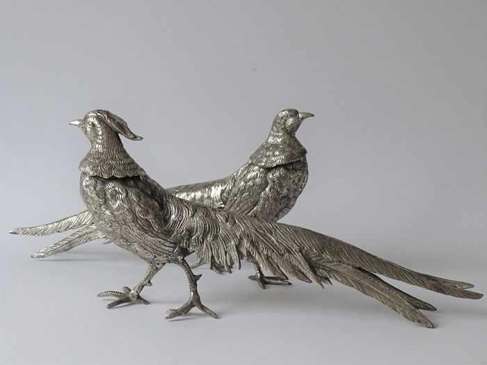 Pair of large silvered pheasants - table pieces - Silver plated - France - 1900-1949