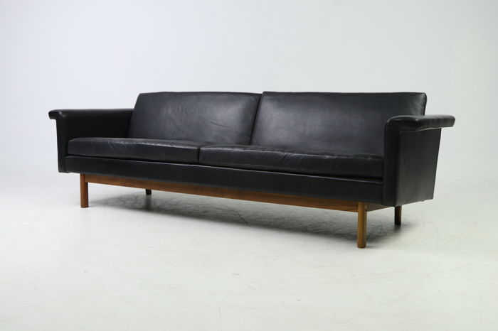 Incredible Dansk Meubelproducent Luxurious Vintage Sofa In Black Leather Catawiki Onthecornerstone Fun Painted Chair Ideas Images Onthecornerstoneorg