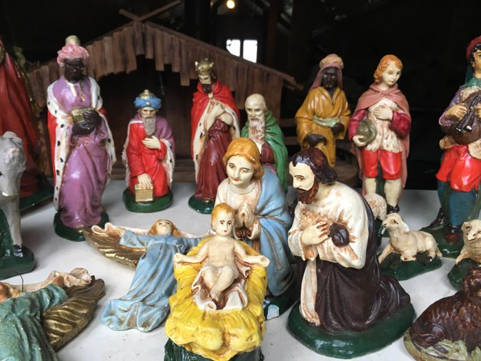 Figurine(s) - Complete collection of 21 - Earthenware, Plaster, Wood