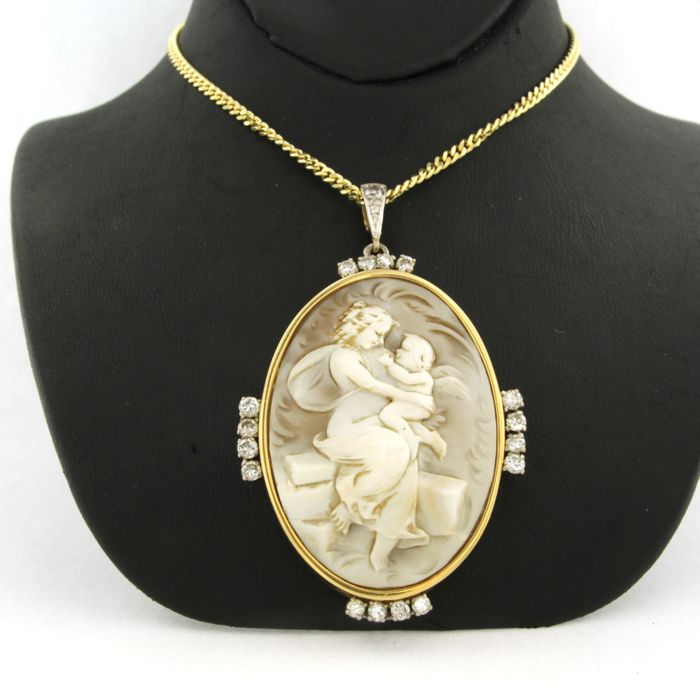 Mixed Gold - Necklace with pendant - 1.00 ct Diamond - cameo