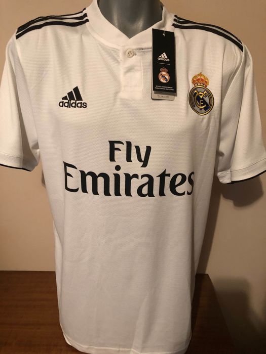 05af5b07b51 Real Madrid - Champions Football League - Sergio Ramos - 2018 - Jersey