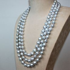 18 kt. White gold -  Ø 10 to 11,8 mm South Sea Pearls - 3-row Necklace