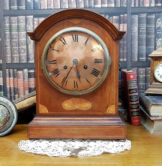 Tabletop clock - Wood - 19th century