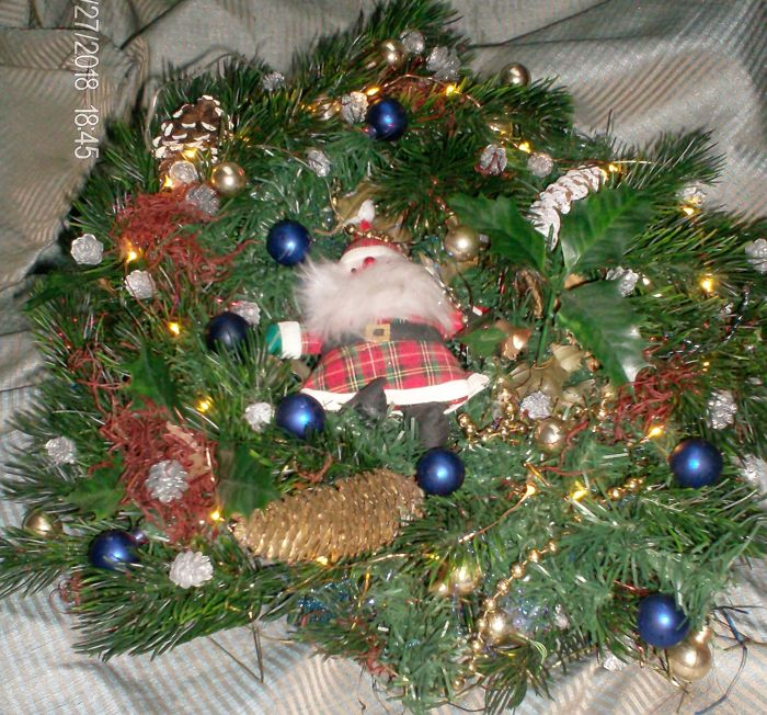 onbekend - Christmas wreath with illumination - Door crown - materials mix
