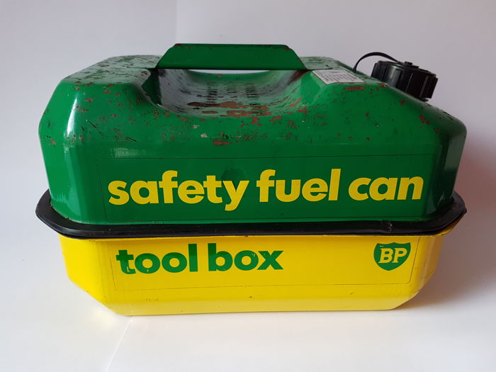BP safety fuel can / tool box - BP safety fuel can/ tool box - 1970