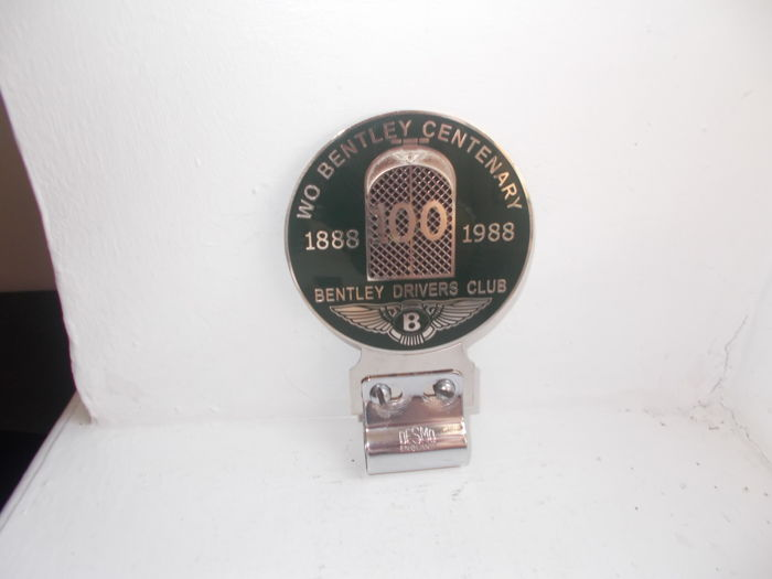 Badge - WO Bentley Drivers Club Centenary car badge - 1950-1988 (2 items)