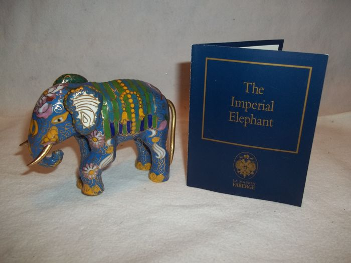"House of Fabergé - ""The Imperial Palace Cloisonné Collection"" - Named : The Imperial Elephant - With a 22 carat gold finish and document - In very, very good condition."
