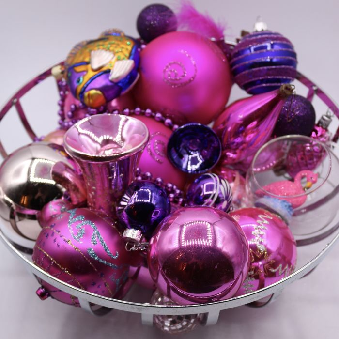Lot of 25 old Antique Christmas Balls Pink & Lilac - Glass, Plastic