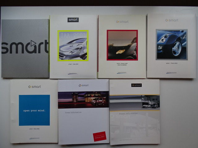 Press information kits with CDrom & Press photos - SMART Crossblade, Roadster, Tridion 4, Fortwo, etc - 2001-2007 (7 items)