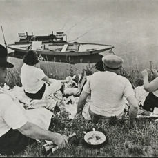 Henri Cartier-Bresson (1908-2004) - On the banks of the Marne, France, 1938