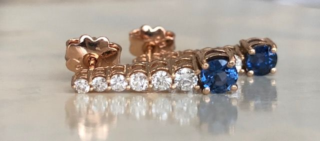 Earrings - Gold - 0.55 ct - Diamond and Sapphire