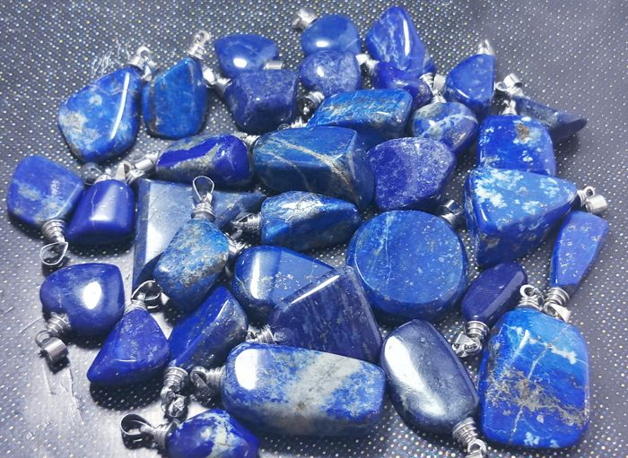 beautiful lapis lazuli pendents with silver Pendant - 27 x 14 x 13 to 16 x 16 x 6 mm - 265 gram - (34)