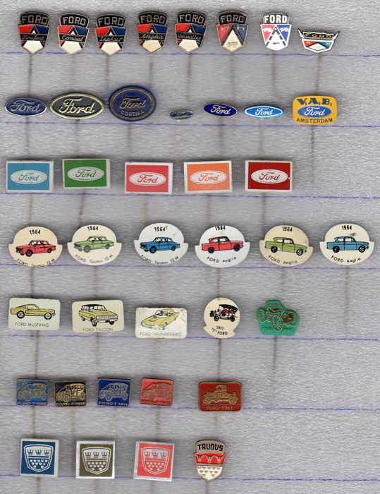 FORD AUTO pins - 1960-1975 (40 items)