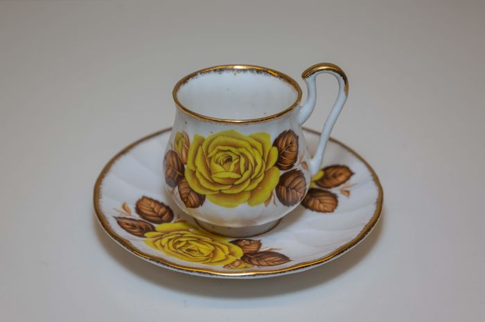 Cups and saucers (10) - Porcelain