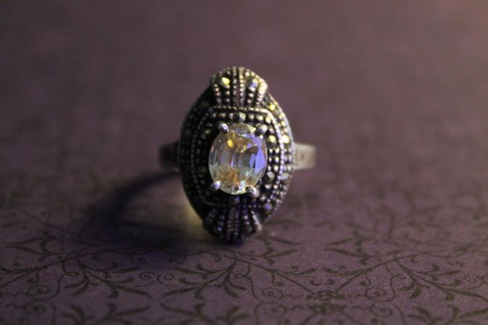 Large Art Deco silver ring with citrine and marcasites Art Deco - made of at least 800/1000 silver - no reserve price