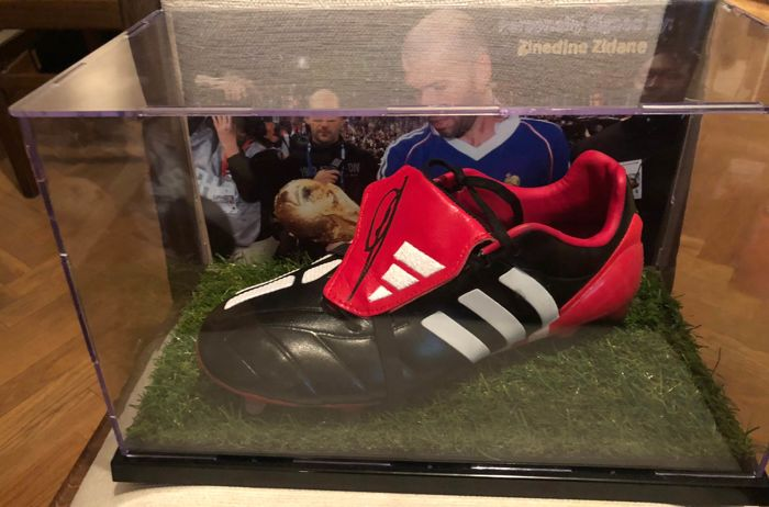 plus de photos c90e0 feea1 Francia - Football World Championships - Zinedine Zidane - Adidas Predator  Mania, Football Shoes - Catawiki