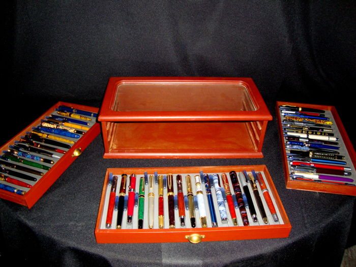 Quality Fountain Pens - Fountain Pen - Complete collection of 50