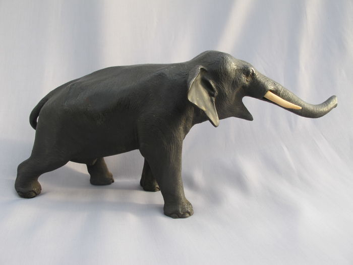 Bronze Elephant Bull with Ivory Tusks - Japan - ca 1900 (Meiji Period)