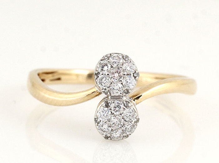 14 kt gold diamond ring 0.30 ct in total / G-H - VS SI diamonds / weight: 2.00 g / ring size: 54