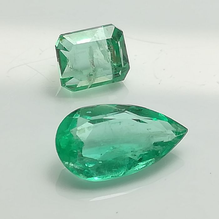 Lot of 2 Emeralds - 1.39 ct