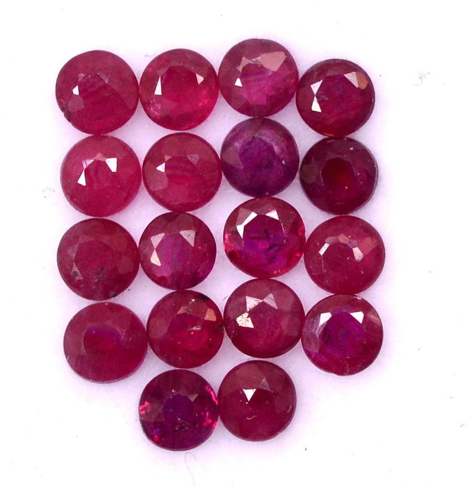 Rubies - 18 pieces - 3.6 ct