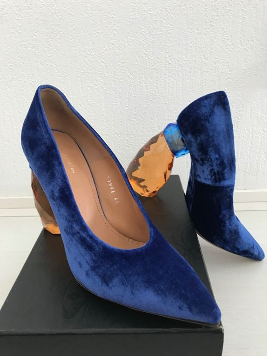 Dries Van Noten Limited Edition Velvet High Heeled Shoes With Unusual Heel Catawiki