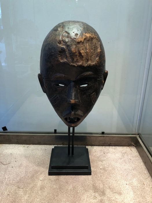 Ancient Nyoka Munene Mask Carved in Wood - PENDE - Former Belgian Congo