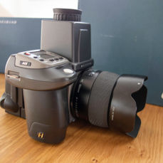 Hasselblad digital infrared camera with Kodak Professional rear part, waist-level viewfinder and HC lens - medium format