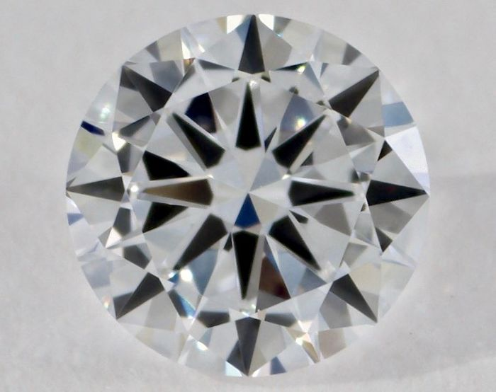 Round 0.18 ct diamond, GIA certified and engraved, colour F, clarity IF, 'no reserve price'