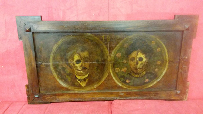 Macabre portraits on Panel - Wood-second half of the 19th century