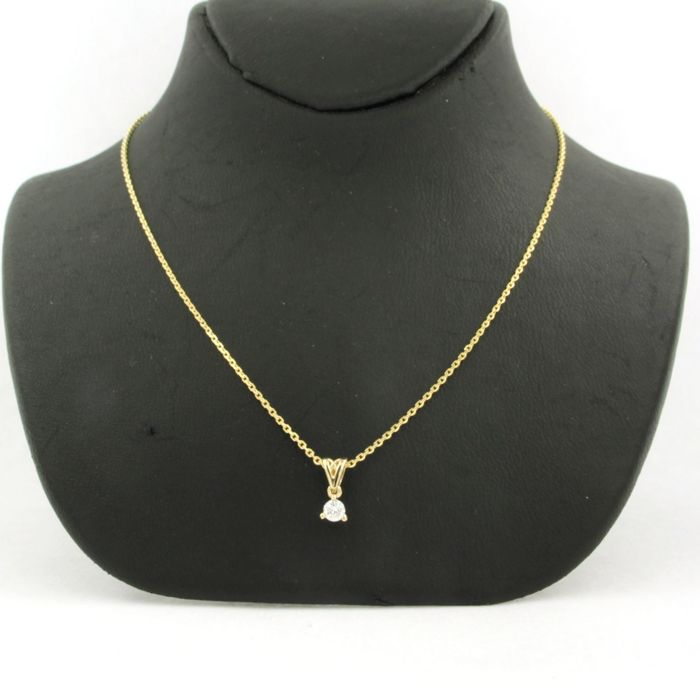 - no reserve -  14 kt yellow gold anchor link necklace with a gold pendant set with a brilliant cut diamond of approx. 0.10 ct in total - necklace length 45 cm
