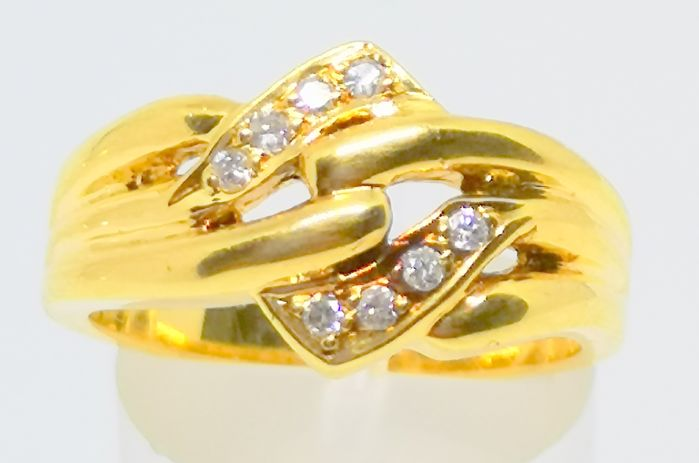 18 kt. Gold - Ring - 0.16 ct diamonds