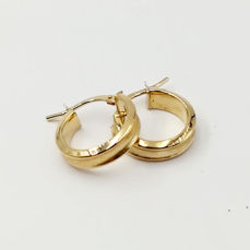 Women's 18 kt yellow gold earrings, hoop model, diameter 1.50 c, total weight 1.68 g