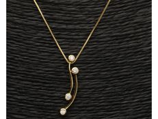 18 kt - Yellow gold Venetian necklace with a pendant, set with 4 brilliant cut diamonds of approx. 0.12 ct - Length 46.5 cm x 0.1 mm - NO RESERVE