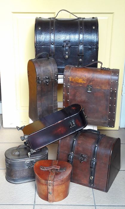 Trunks, cases, wine cases, wine boxes - 7 - wood, leather, brass nails