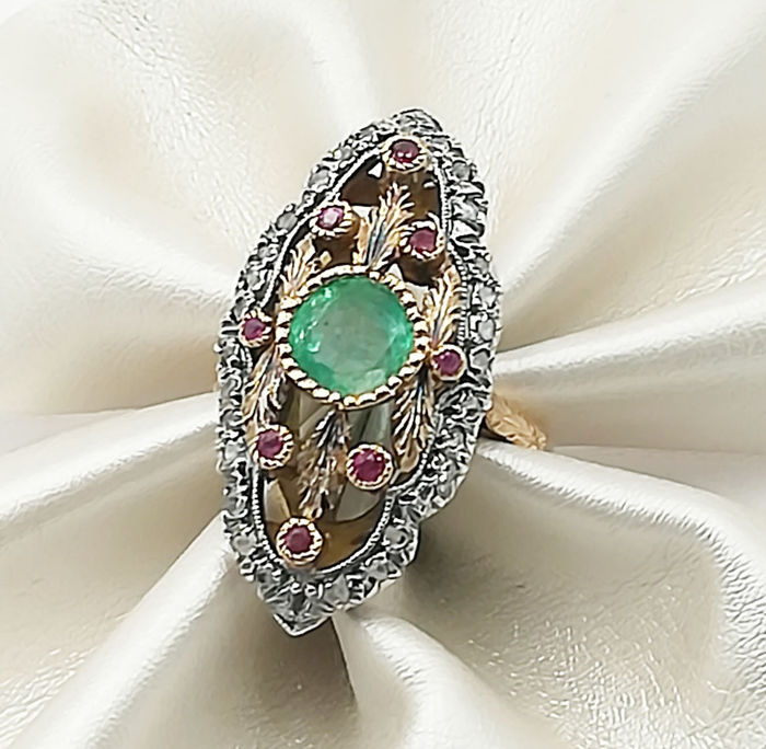 Ancient, Ring - Gold - Natural (untreated) - 2.25 ct - Emerald and Diamond, Ruby