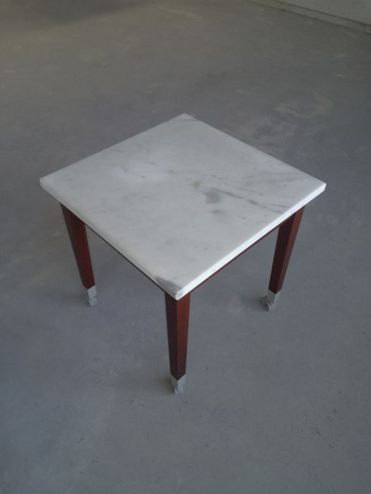 chaussures de séparation 05146 975ca Philippe Starck - Driade - Table basse, table d'appoint 'Neoz' - Catawiki