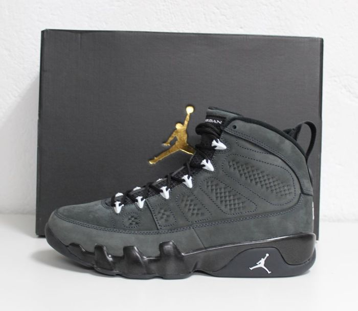 cheap for discount d1be8 6996d Nike Air Jordan 9 Retro IX