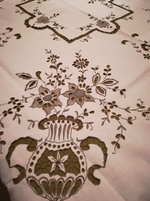 hand embroidered wooden island towel (1) - Linen