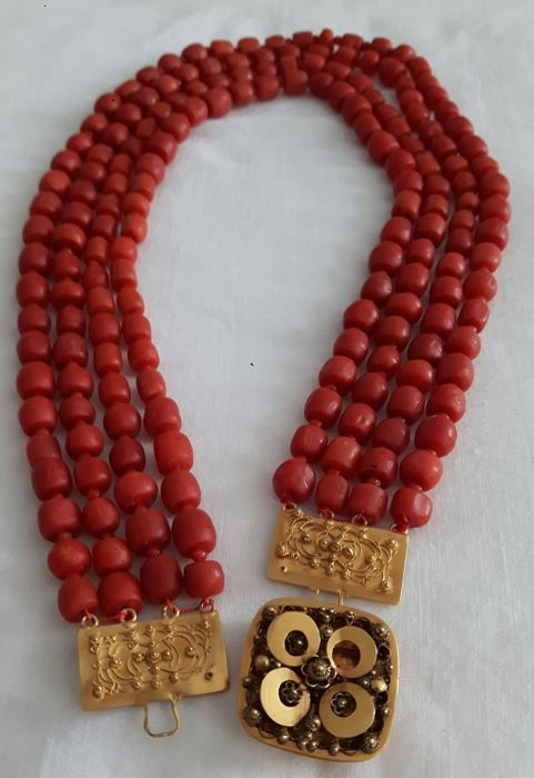 Necklace - Gold - Natural (untreated) - Red coral