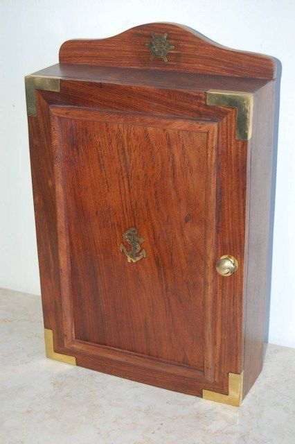 Solid teak cabinet key box. - Wood