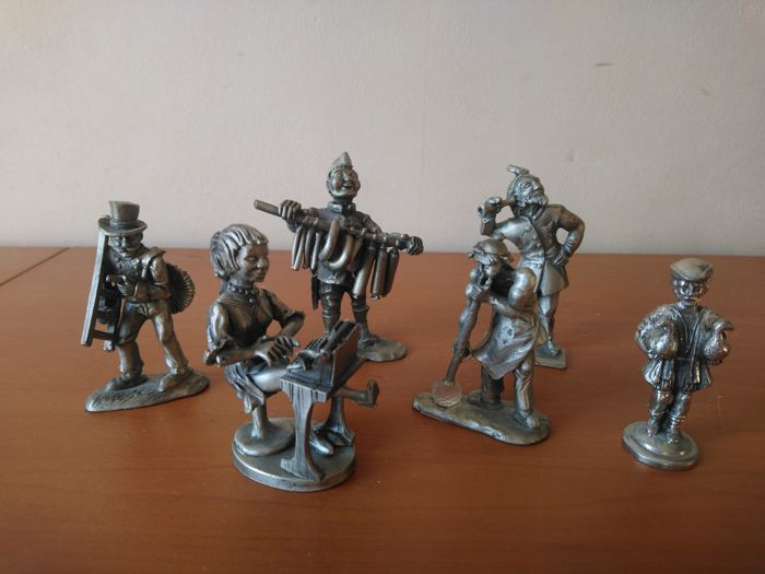 Figurine - Collection of 6 pieces - Pewter