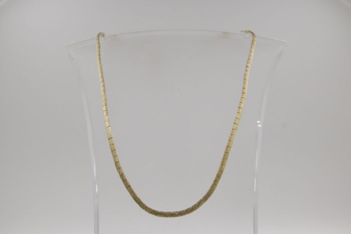 18 kt yellow gold necklace - with special clasp, length: 60 cm