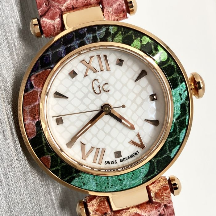 """Guess - GC Lady Chic Pink Snake skin pattern  - Y10001L1 """"NO RESERVE PRICE"""" - Mujer - 2011 - actualidad"""
