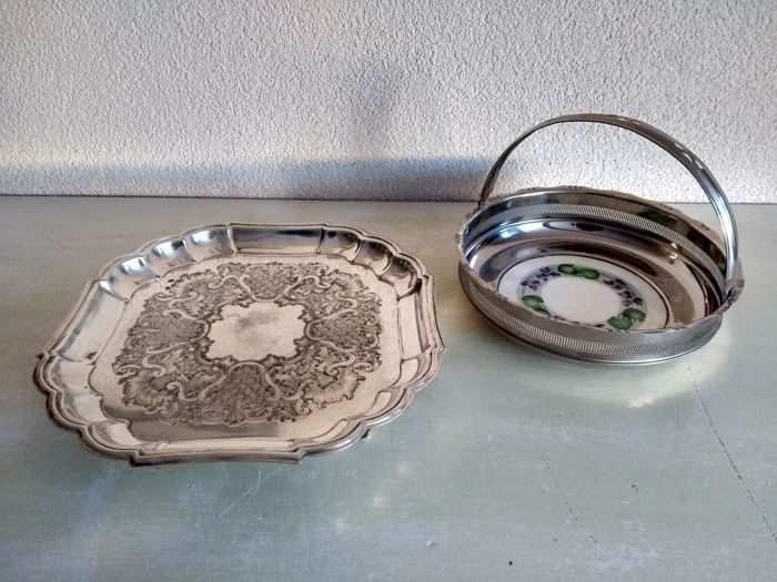 Two beautiful silver-plated bowls - Silverplate - Canada - 1950-1999