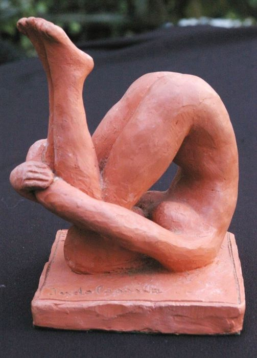 Nude wife terra cotta